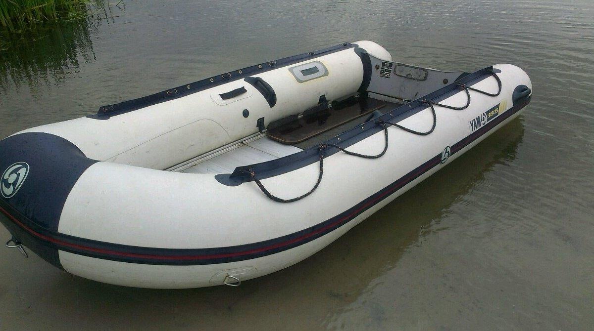 Лодка ямаха 410
