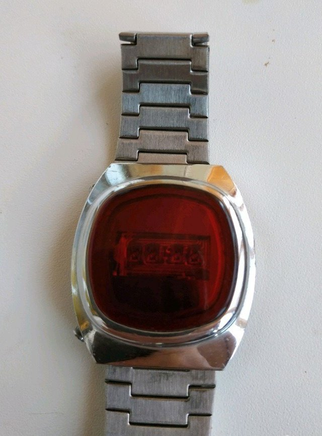 Часы уфа продам янтарь продать цена с часы боем